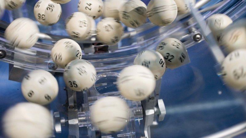La Loterie romande ne gonfle pas les cagnottes à l'approche d'un vendredi 13, contrairement à la Française des Jeux, car la loi ne le permet pas en Suisse.