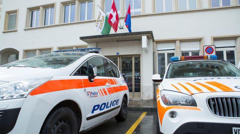 La Police nyonnaise vous invite à la prudence au bancomat