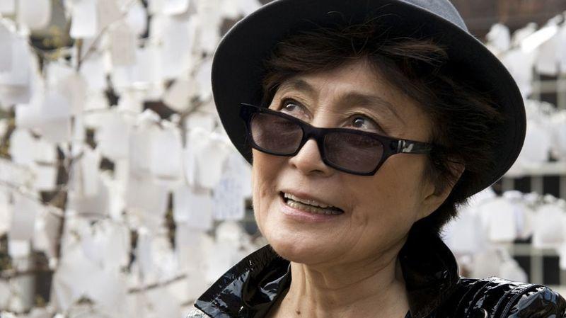 """""""Les Beatles ne se sont pas séparés par ma faute"""", assure Yoko Ono, la veuve de John Lennon"""