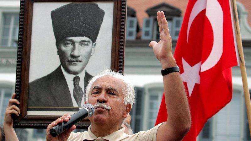 Génocide arménien: la Suisse a violé la liberté d'expression de Dogu Perinçek